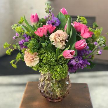 Vibrant Blooms arranged by a florist in Bakersfield, CA : Garden ...